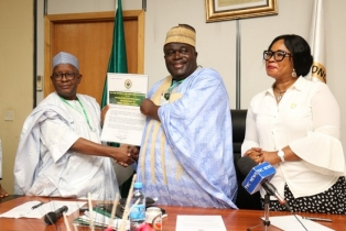 Health Ministry Receives Certificate Of ...